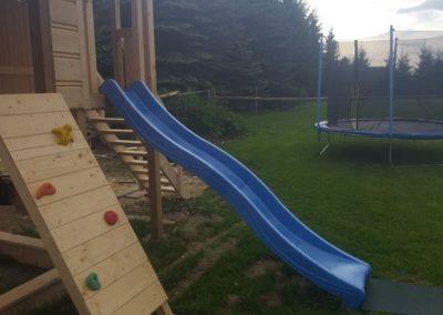 Zjeżdżalnia, ścianka i trampolina
